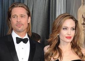 Sorpresas y campanas de boda: Angelina Jolie y Brad Pitt se comprometen