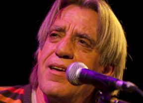 '¿Qué fue de los cantautores?', se pregunta en su nuevo disco uno de los más grandes: Luis Pastor