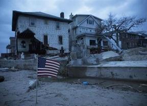 El balance letal de 'Sandy': deja 40 muertos y desastres urbanos en toda la costa este