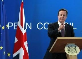 Cameron trata de poner la 'zancadilla' a Juncker