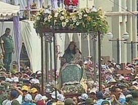 Multitudinaria manifestación de religiosidad en la procesión de la Divina Pastora