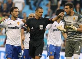 La suerte y el árbitro ayudan al Getafe a ganar a un Zaragoza que empieza a hundirse