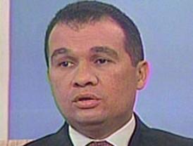 Griñán y Arenas se enzarzan en una polémica sobre sus respectivos sueldos