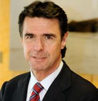 Soria cree que la adjudicación a Vigo de la nueva furgoneta de PSA se debe en parte al nuevo marco laboral
