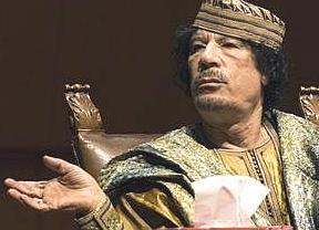 Gadafi, enterrado en un lugar secreto del desierto para evitar 'peregrinajes'
