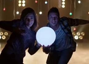 Mediaset se acerca a su audiencia estas navidades con bolas de luz led de colores