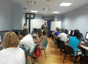 Emprendedores de Huelva se forman para la creación de una empresa