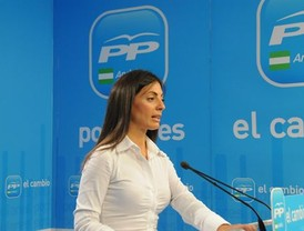 Estatut: Montilla prefiere atacar al PP y contestar suave a Guerra