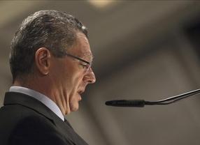La ley del aborto no se aprobará antes del verano, ¿dimitirá Gallardón?