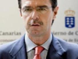 Fernández Ordóñez admite que la crisis nos puede afectar si dura mucho tiempo