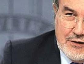 Zapatero tiende la mano a Rajoy para alcanzar grandes pactos de Estado