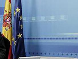 Zapatero agradece su labor a las tropas destacadas en el extranjero