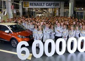 Un Captur bitono, vehículo 6 millones de la factoría de carrocería montaje