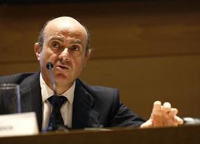 De Guindos explicará en el Congreso la situación económica antes de poner rumbo al Eurogrupo