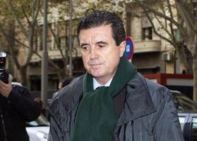 Matas, que ya cumple condena por corrupci�n, se niega a declarar sobre la financiaci�n ilegal del PP balear