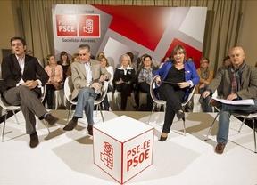Ramón Jáuregui pide al al PP y PNV que ayuden al lehendakari a conseguir la paz en el País Vasco