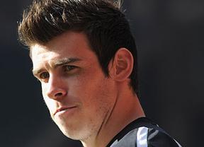 Bale se estrena en el entrenamiento 'blanco' por primera vez