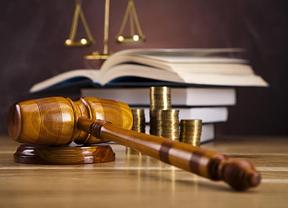 El PP estalla contra los jueces rebeldes que insisten en seguir aplicando la 'Justicia universal'
