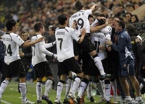 El Valencia maquilla 'in extremis' lo que hubiera sido una dura derrota ante el Villarreal (2-2)