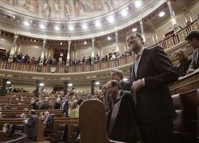 El bloque PP-PSOE, más UPyD y CiU, avalan el trámite exprés de la ley de abdicación