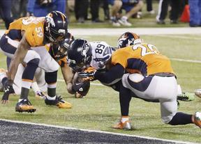 Los Halcones Marinos de Seattle ahogan a los Broncos de Denver y se apuntan la Superbowl en una paliza histórica (43-8)