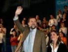 Rajoy apela al consenso para modificar el Título VIII de la Constitución