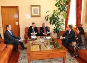 El alcalde de Talavera pide al rector de la UCLM un aumento de la oferta universitaria