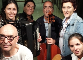 La Fanega nos cuentan y cantan sus 'Poéticos encantos', un magnífico folk lleno de influencias