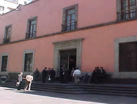Carstens: México con el gasto más alto de su historia