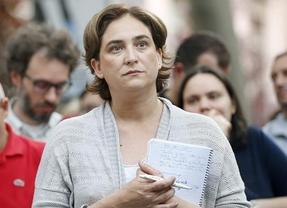 Ada Colau cobraba del Ayuntamiento por defender a los desahuciados