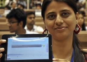 El 'tablet' más barato está en India y se llama Aakash