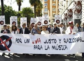 Artistas, representantes de música y oposición urgen al Gobierno a bajar el IVA del 21%