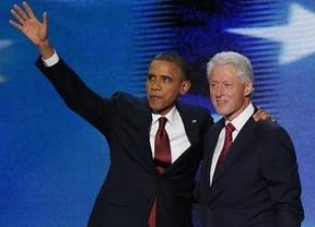 Clinton entusiasma a los demócratas con su discurso en el que ensalza a su no-amigo Obama