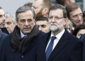 Empieza la campaña española... en Grecia: Rajoy viaja a Atenas para hacer campaña contra Syriza-Podemos