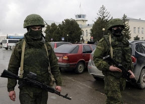 Alerta y tensión mundial: Putin, ya con el ejército ruso protegiendo Crimea, obtiene permiso del Parlamento para invadir Ucrania