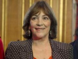 París condecoró a Carmen Maura