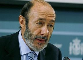 Rubalcaba abre una 'nueva etapa' en el PSOE asumiendo que puede haber primarias en la primavera de 2014