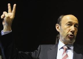 Rubalcaba reconoce no tener una solución a la crisis... pero no hará recortes