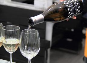 Los campus universitarios de Castilla-La Mancha acogerán cursos de cata de vino