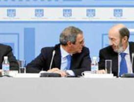 ZP se reune con los empresarios para analizar su nuevo recetario de reformas