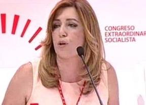 La presidenta andaluza, y 'dueña' del congreso del PSOE no pudo resistirse a iniciarlo con un discurso 'político