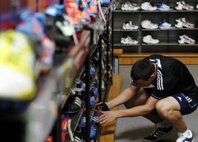 La crisis, el IVA y la liberalización de horarios 'matan' al comercio minorista, cuyas ventas se desplomaron en 2012