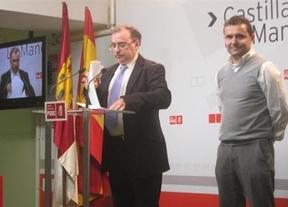 Mora (i) y Fernández (d) en la rueda de prensa