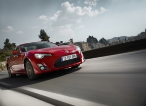 Toyota España lanza la gama 2016 de GT86