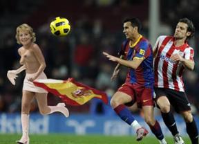 'El Jueves' desnuda a Aguirre en un fotomontaje copero