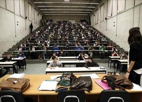 CCOO aprovecha el acto fallido de Wert en la Universidad de Zaragoza para 'atrincherarse' allí contra su reforma de becas