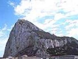 Despega del aeropuerto de Barajas el vuelo inaugural de la ruta Madrid-Gibraltar