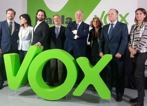 Buesa, Bustelo y eurodiputados del PPE 'arropan' a Vox en su Asamblea Extraordinaria
