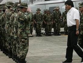 Chávez dice que rey Juan Carlos apoyó golpe en su contra, en el 2002