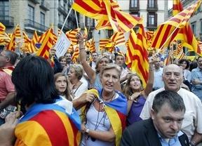El Parlamento catalán aprueba el órdago independentista de Mas